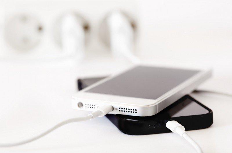 umur baterai iphone Kabel Charger iPhone